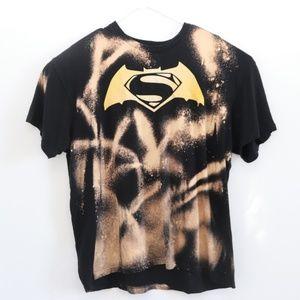 Custom Mens Bleached Batman/Superman Shirt SZ XL